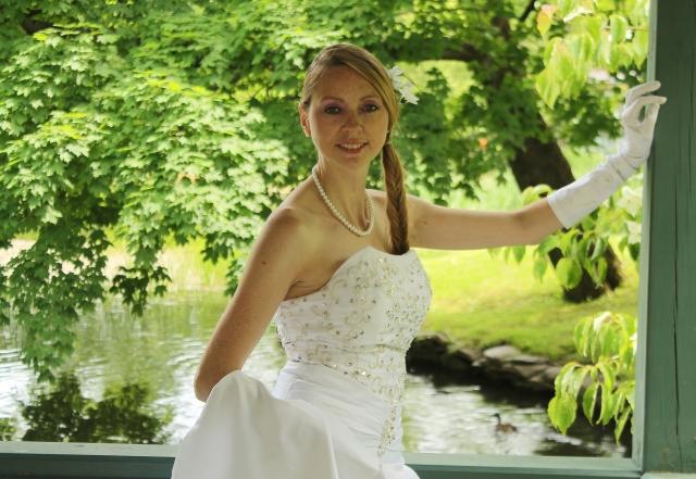 Bride C